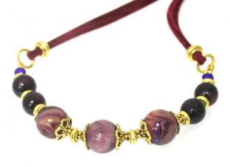 plum-necklace