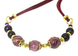 plum-necklace